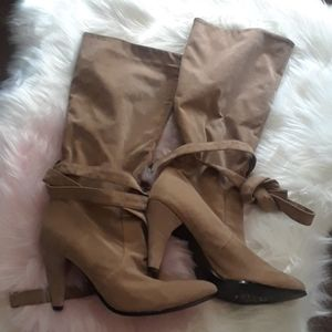 - Tan boots 39 size tie around beauty
